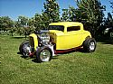 1932 Ford coupe Outlaw body - Ernie & Linda Van Dyke/IL