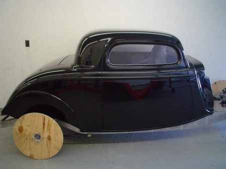 1932 Ford coupe, 1934-35 Chevy coupe, sedan, sdn delivery,1933-34 Ford cpe/rdster,1940-41 Willys