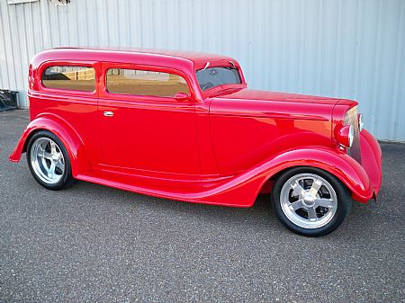 1934 Chevy sedan Ronnie Geeslin owner