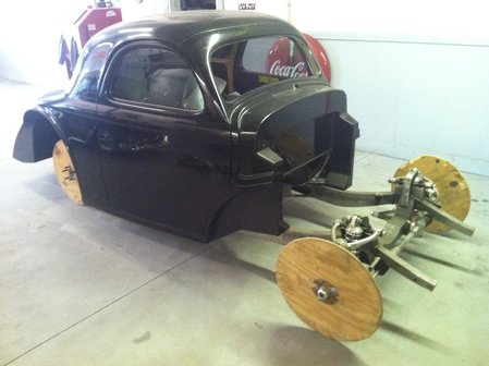 1941 Willys Coupe w/fenders, hood & full pro tubs